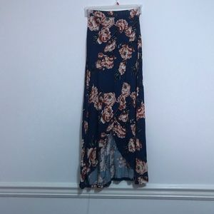 Dresses & Skirts - Floral maxi skirt